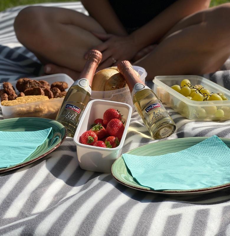 glueckspaerchen_picknick_03